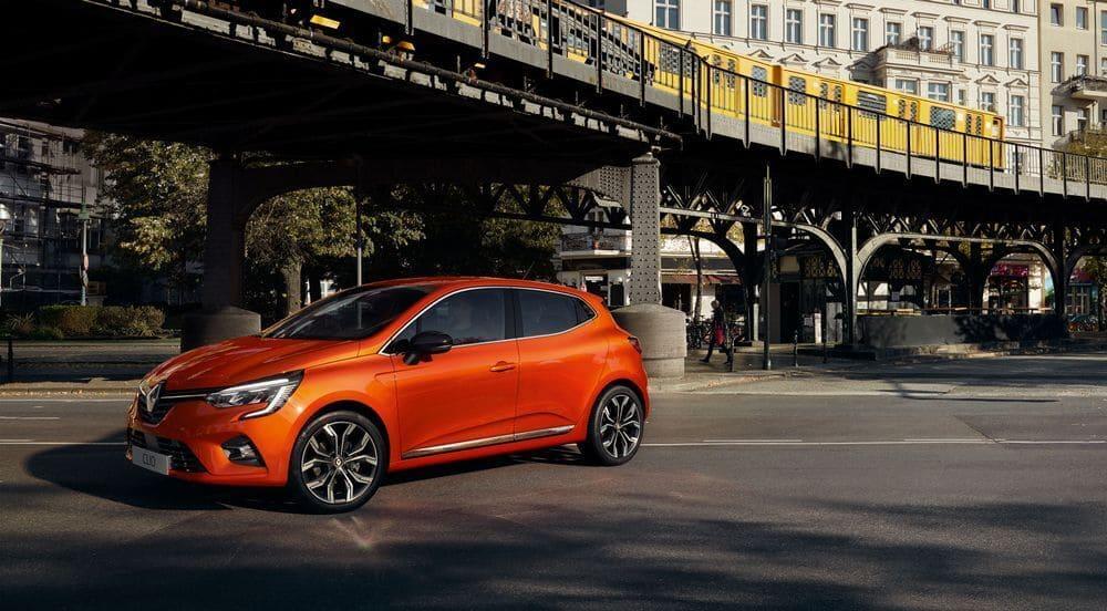 Renault Clio oranžové, nové vozidlo, dlhodobý nájom avis